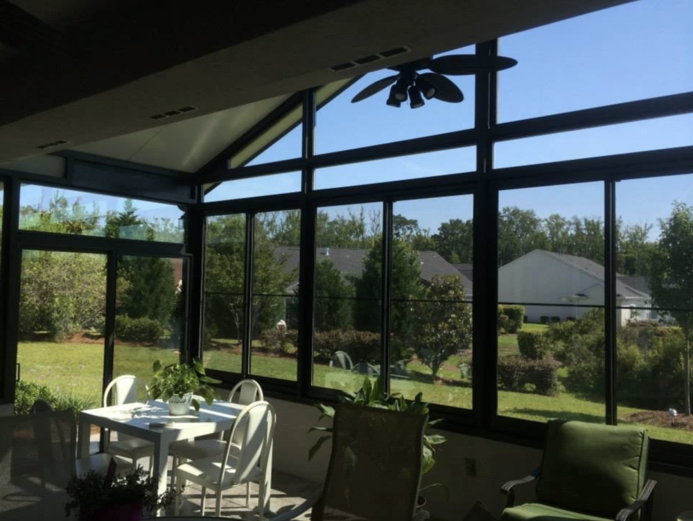 Three Reasons to Install a Sunroom Before Winter